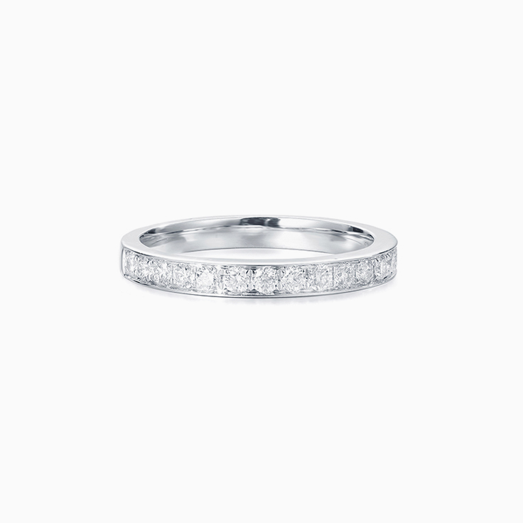 Round Diamond Pave set ring
